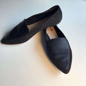 Mix No 6 pointed toe flats leather/suede 9.5
